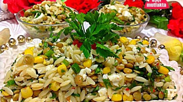 Peynirli Mercimekli Şehriye Salatası
