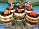 Aşçı Mutfakta Renkli Kuplar