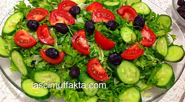 Kıvırcık Marul Salatası