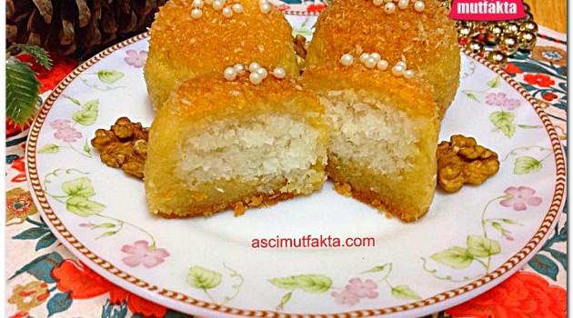 Aşçı Mutfakta Hindistan Cevizli Şekerpare ( Sıvı yağ ile )