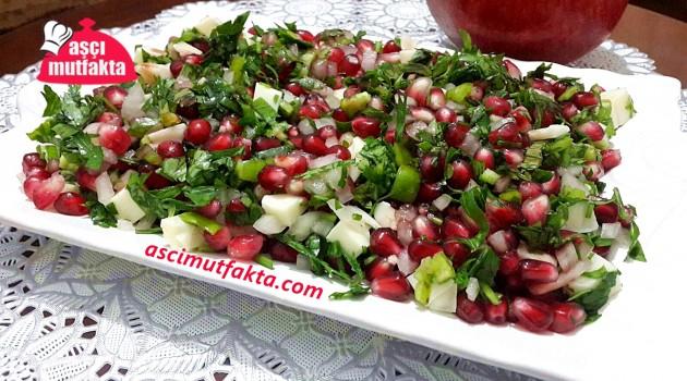 Aşçı Mutfakta Nar Salatası Tarifi