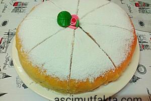Alman Pastası ( Mayalı ve Sıvı Yağlı )