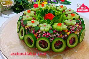Aşçı Mutfakta Şalgamlı Bulgurlu Kuskus Salatası